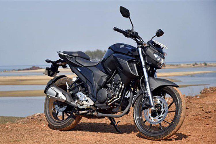 "Moto gia 39 trieu, Yamaha FZ 25 ""chay hang"" tai An Do"