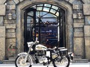 Royal_Enfield_Classic_Chrome